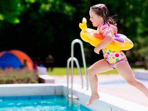 Niños seguros en las piscinas: 5 consejos