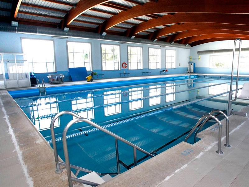 ¿Pensando en una piscina climatizada? ¡Descubre sus ventajas! Pensando-en-una-piscina-climatizada